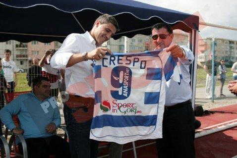 "Hernan olteanul! FOTO Crespo, vedeta zilei la Rovinari! ""Chivu? Un mare campion! Mutu? Băiat deosebit"""