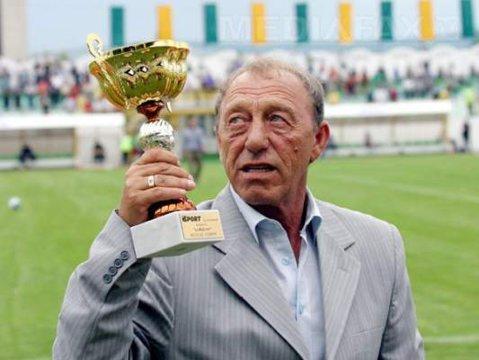 Nicolae Dobrin ar fi împlinit astăzi 65 de ani