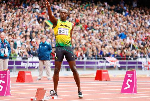 VIDEO Cel mai rapid atlet din lume a devenit fotbalist! Cum a evoluat Usain Bolt pentru o echipă de minifotbal