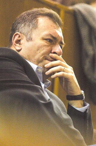 """Şeful Băncii Transilvania este acuzat de manipulare bursieră. """"Acuzaţiile sunt nefondate. Nu am făcut nimic ilegal"""""""