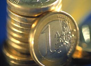 Banca care-ţi dă 499 euro la 1 euro al tau