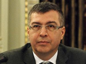 Ionuţ Popescu a fost cel care a susţinut în 2005 ridicarea pragului la SIF-uri, din postura de ministru de finanţe