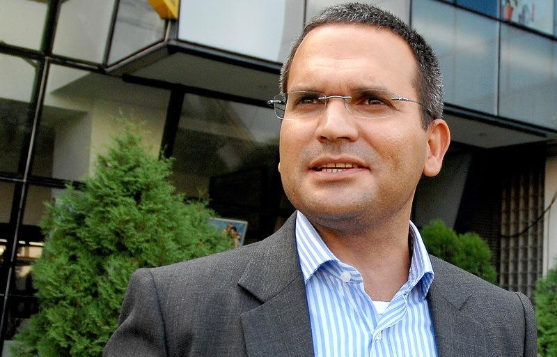 Banca Transilvania şi-a găsit director general: funcţia ar putea fi ocupată de actualul preşedinte al Credit Europe Bank România, Omer Tetik