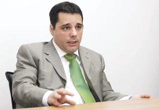 Piata de leasing auto nu isi va reveni pana in martie 2010, spune seful Impuls Leasing