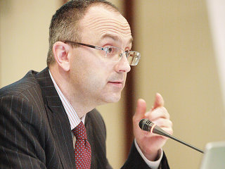 Răsvan Radu, şeful UniCredit Ţiriac Bank, devine al treilea român din Comisia Trilaterală, una dintre cele mai influente organizaţii mondiale