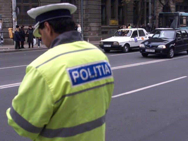 Codul rutier 2012 a fost modificat: noi reguli pentru reînnoirea permisului de conducere şi clasificarea autovehiculelor