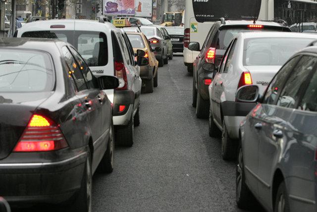 Cât de bătrâne sunt maşinile din România: o treime sunt mai vechi de 15 ani