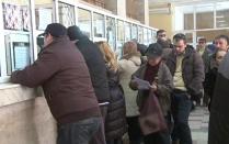 Cine îşi plăteşte online taxele în România. 7 milioane de români care ar putea să nu stea la coadă