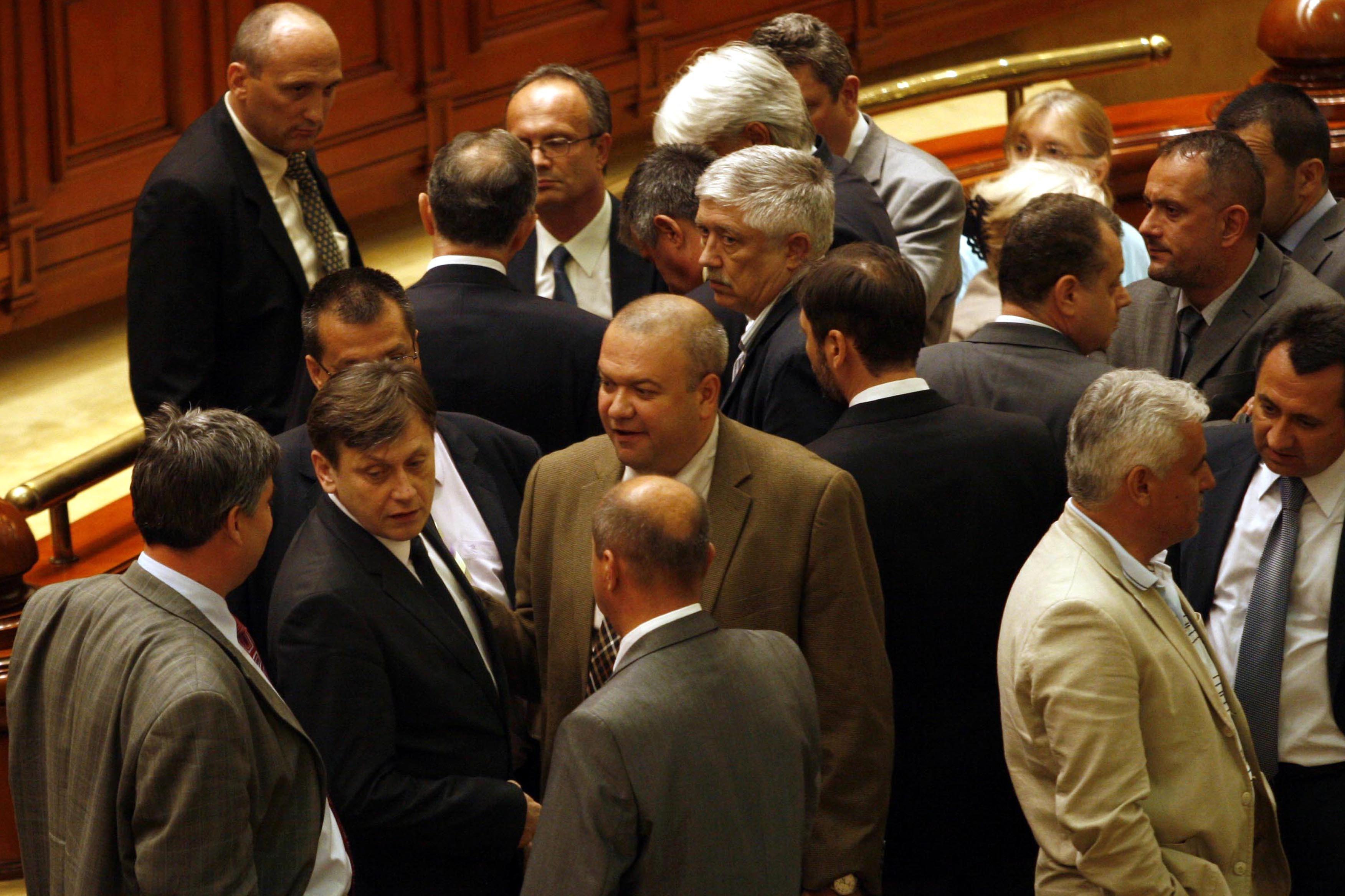 Megaparlamentul României: 588 de parlamentari, aproape cât Bundestagul german