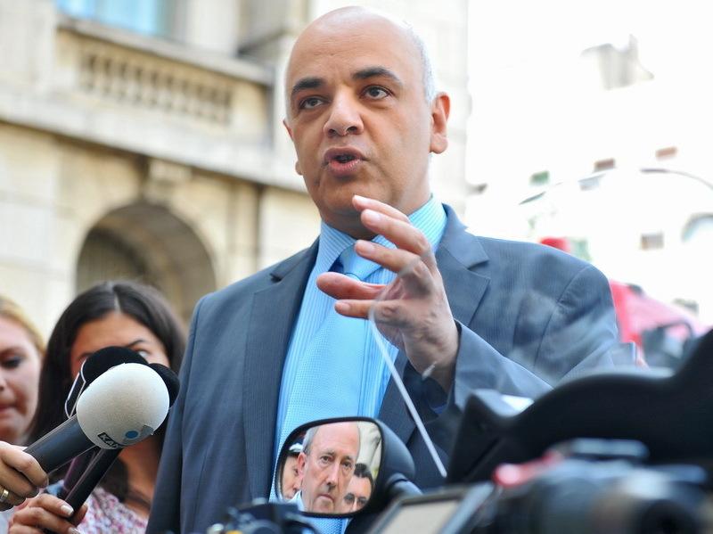 Băsescu,lui Arafat: Să nu creăm psihoză publică,că guvernul vrea să distrugă sistemul de ambulanţă
