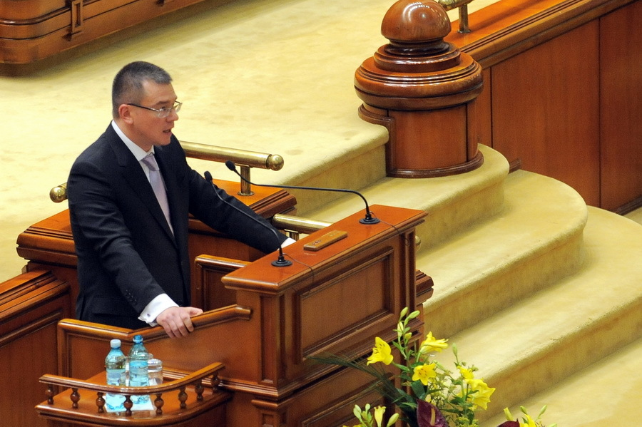 Mihai Răzvan Ungureanu intră în istorie cu cel mai scurt mandat de premier