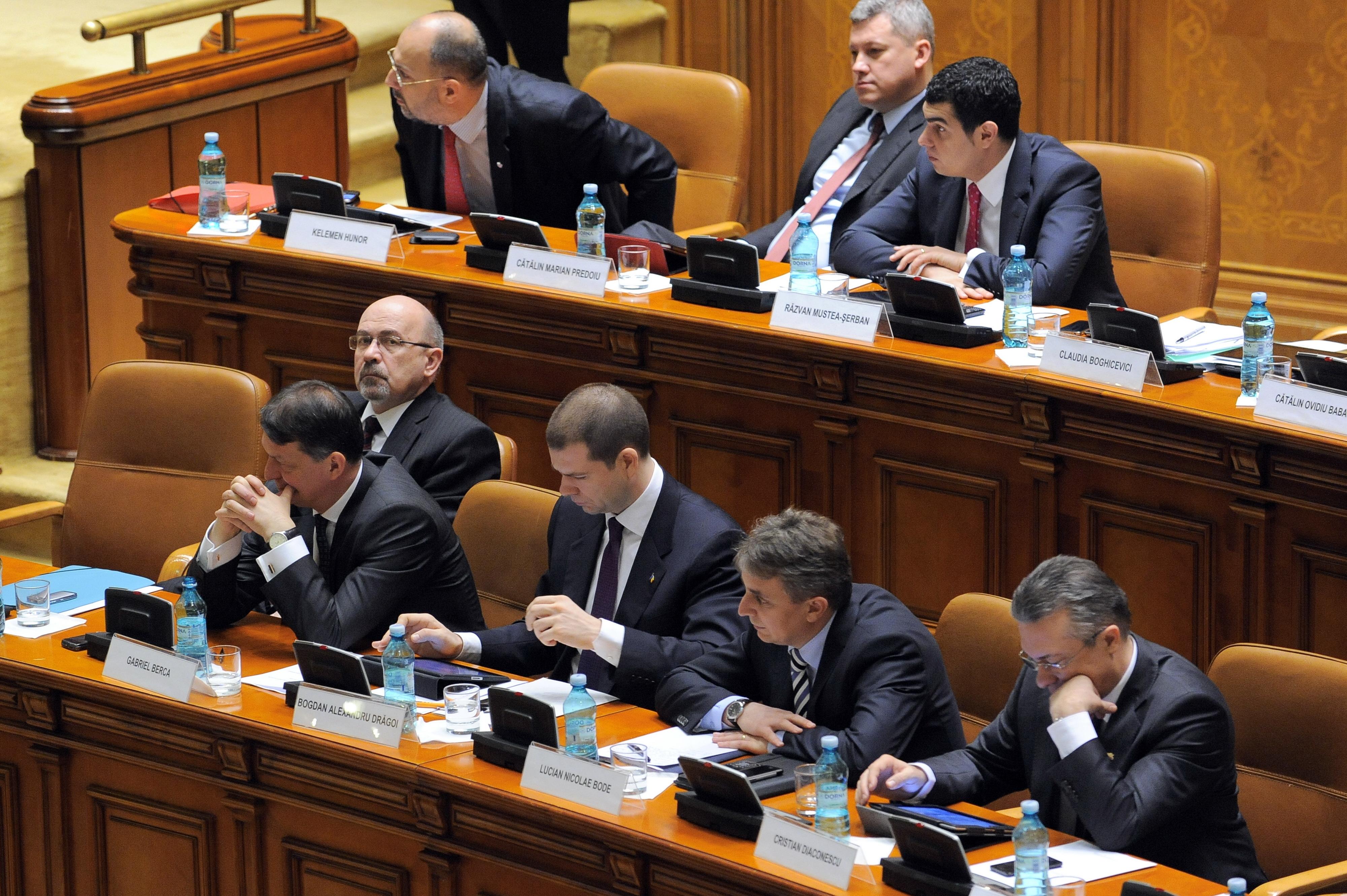 Cosmin Drăgoi, consultant: Blocajul fondurilor europene se va accentua în următoarele şase luni