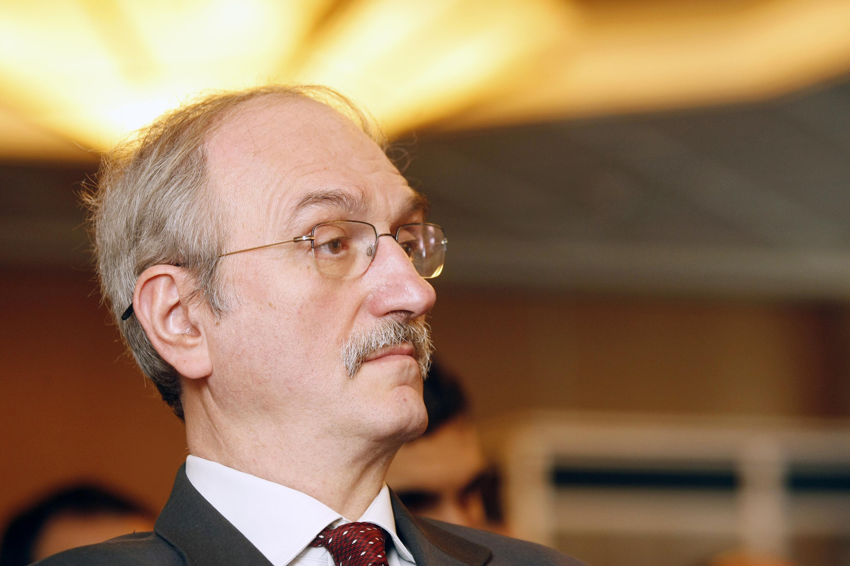 Aurelian Dochia, analist economic: Niciun guvern, de stânga sau de dreapta, nu va putea ignora piaţa