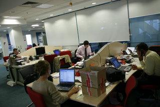Angajaţii români din multinaţionale, mai profitabili decât vesticii