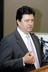 Cătălin Marinescu, preşedintele ANCOM, instituţia care va decide termenul până la care vor fi scoase la vânzare noi licenţe GSM