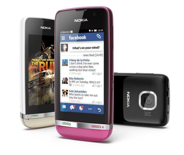 Nokia a lansat trei telefoane cu touchscreen care imită smartphone-urile, cu preţuri de la 63 euro