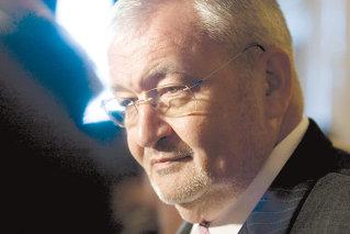 Vlădescu: Avem nevoie de impozitare progresivă a veniturilor şi să păstrăm relaţia cu FMI până în 2013