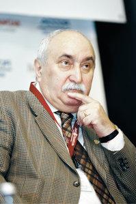 Gheorghe Roşca, rectorul Academiei de Studii Economice