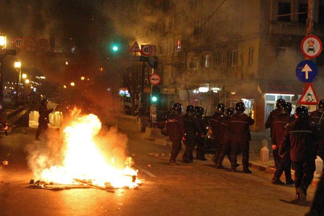 Stiri 2012 Proteste-bucuresti-jpg2