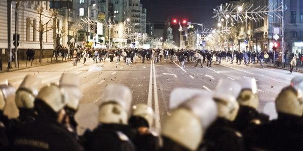 Stiri 2012 Reportaj-proteste-bucuresti-jpg5