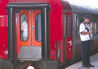 CFR Calatori va moderniza 46 de trenuri, contract de 144 mil. euro