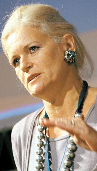 Monica Tatoiu, Oriflame: Cosmeticele s-au dezvoltat la fel ca infrastructura - haotic!