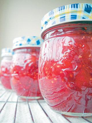 Cum a facut Marian Ciortea o fabrica de conserve de legume si fructe cu 1,5 mil. euro, bani europeni