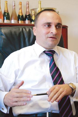 Alin Ursu, Angelli: Tot ce pierdem pe intern castigam la export