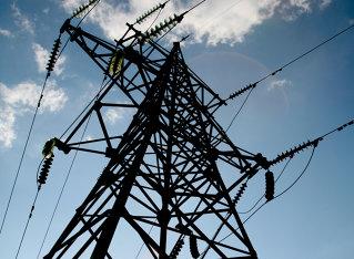Topul celor mai mari traderi de energie electrică: cine sunt cei care fac cu 3-4 angajaţi afaceri de o sută de milioane de euro