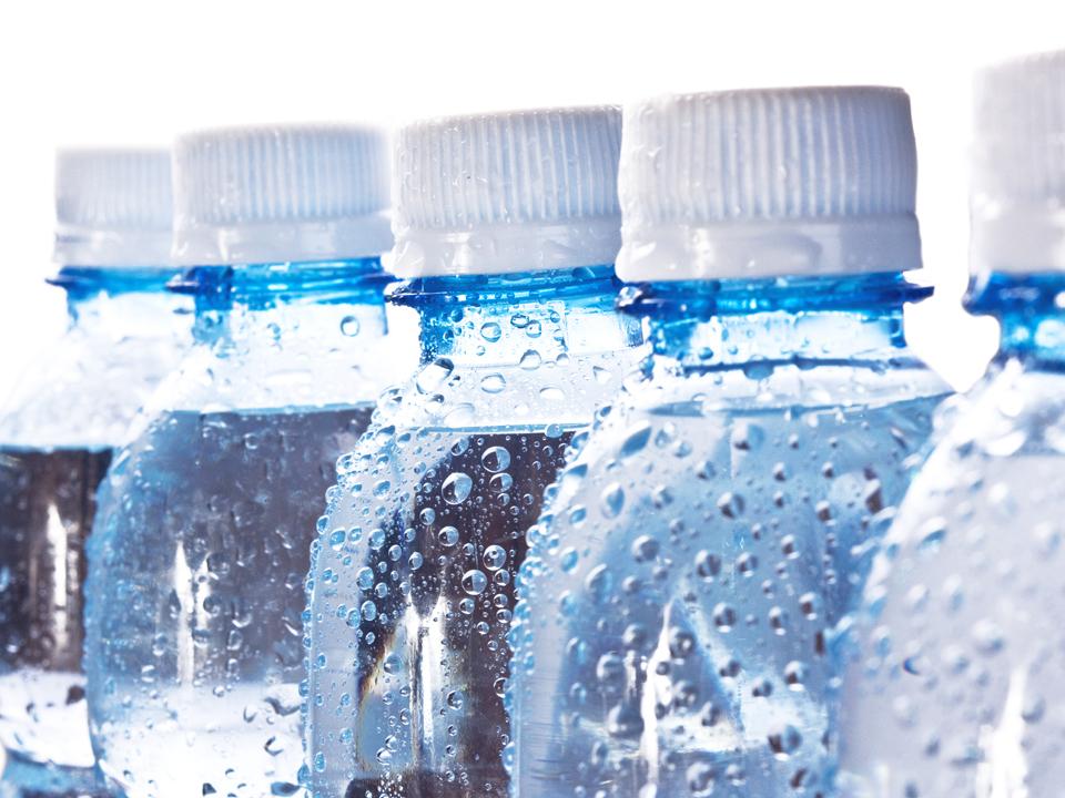 Ce branduri au făcut legea pe piaţa apelor minerale: Borsec, Izvorul Alb şi Izvorul Minunilor