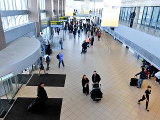E oficial: Zborurile low-cost se mută pe Otopeni din 25 martie