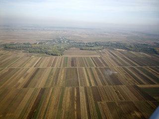 Asigurătorii şi bancherii din Vest intră în cursa pentru terenul arabil românesc