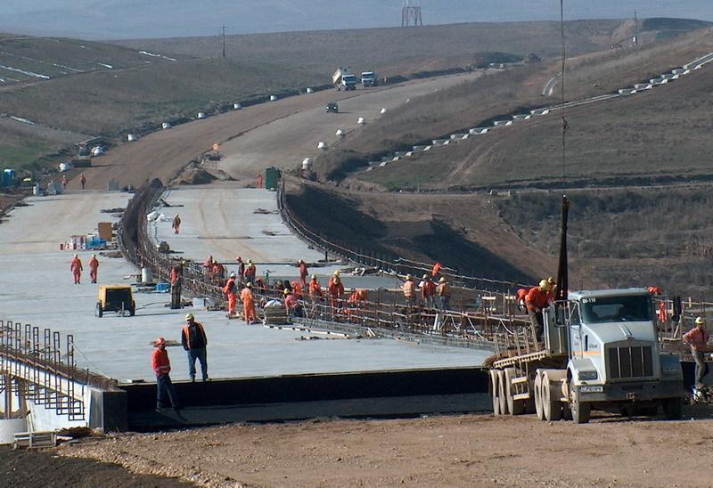 Cum arată cele mai importante 10 şantiere de autostrăzi după lunile de iarnă: ritmul de construcţie a încetinit faţă de perioada anterioară. GALERIE FOTO