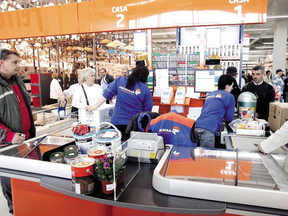 Dedeman devine lider în bricolaj şi ca număr de magazine, după ce a investit 12 mil. euro la Râmnicu-Vâlcea