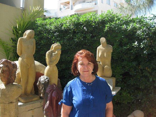 """INTERVIU  / Christina Christodoulou: """"Şcoala Românească din Cipru a fost proiectul sufletului meu"""""""
