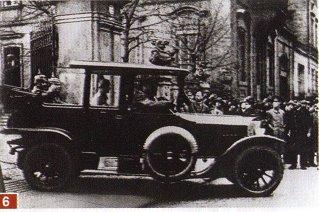 Împăratul Germaniei pleacă la Berlin