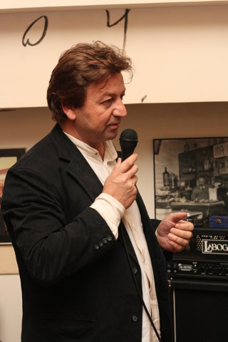 """Ioan Cristescu: """"Cred că o editură poate trăi din publicarea autorilor români chiar dacă acei autori nu au o notorietate adecvată valorii lor.""""/ de Lucian Vasilescu"""