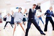 Cum a devenit dansul noua terapie antistres: Cursurile sunt extrem de eficiente, iar de stres suferă majoritatea persoanelor. Dansul ajută şi relaţiile de cuplu