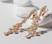 Magazinele TEILOR Exclusive vor expune o colecţie de 200 de bijuterii unicat. Cum arată piesele? GALERIE FOTO
