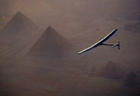 Cel mai uimitor zbor: Cum arată avionul care a făcut înconjurul lumii folosind doar energia solară. Galerie Foto