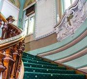 Una dintre cele mai cunoscute clădiri din Bucureşti, fostul sediu al Ambasadei SUA, de vânzare cu 7,5 mil. euro. Cum arată interiorul secret al palatului urban? Galerio FOTO