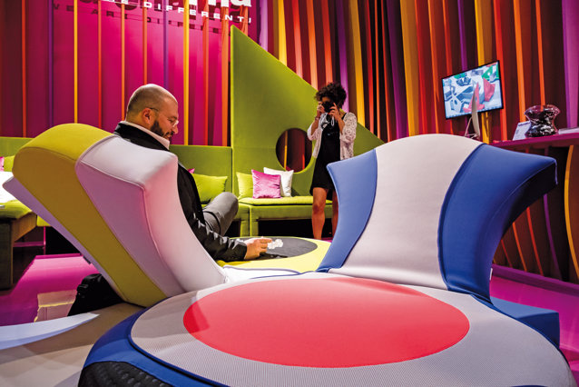 Incursiune în Mecca industriei de mobilă, Salone del Mobile de la Milano, cel mai important târg de profil din lume