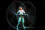 Despre magie şi alte poveşti fantastice. O incursiune în lumea Cirque Du Soleil, unde curajul frizează nebunia, iar arta îmbrăţişează emoţia