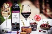 """Aviz colecţionarilor de vinuri: """"Strugurii din 2015 au fost bine copţi şi plini de arome, aşa că ne aşteptăm la vinuri bune şi excelente. Vinurile roşii sunt pe traiectoria de vinuri mari"""""""