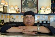 """Povestea chef-ului thailandez venit în Bucureşti pentru a face sushi lângă Ateneu: """"Am decis că este momentul să fac o schimbare şi am venit aici"""""""