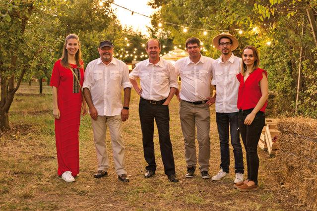 Ce înseamnă să fii maestru în domeniul cidrului: Jean-Pierre Stassen este a patra generaţie a familiei sale implicată în domeniu şi în businessul fondat de străbunicul său în 1895