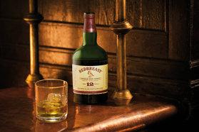 """Poveste demnă de un roman: Whisky-ul a fost produs încă din secolul VI, sub denumirea de """"uisce beatha"""", traducerea în celtică a expresiei latineşti aqua vitae, apa vieţiii"""