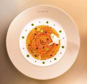 Ce moştenire a lăsat Paul Bocuse, cel mai influent bucătar al secolului: Supa de trufe negre, cartofii gratinaţi Dauphinois, o infinitate de tipuri de mousse cu arome îmbietoare, sorbet-uri catifelate