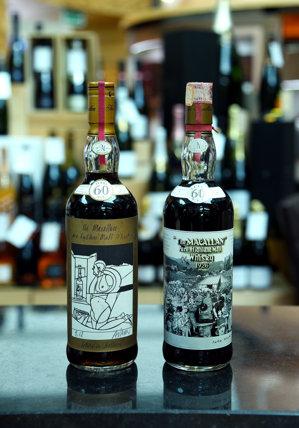 Un colecţionar privat a plătit 1,2 milioane de dolari pe două sticle de whiskey pe care le-a cumpărat din aeroportul din Dubai