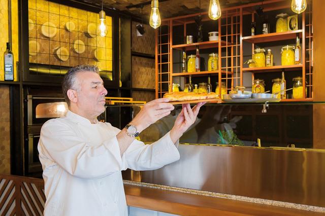 """Chef Joseph Hadad crede că simplitatea este şi va fi mereu la modă: """"Oricât de avansată va fi gastronomia, preparatele din ingrediente naturale vor rămâne pe primul loc"""""""